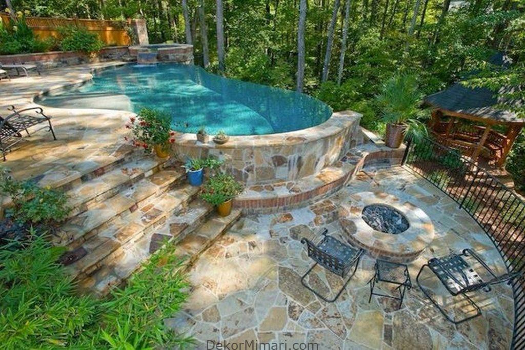 Awesome Natural Small Pools Design Ideas Best For Private Backyard